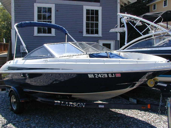 Used Larson 185 LX Bowrider Boat For Sale