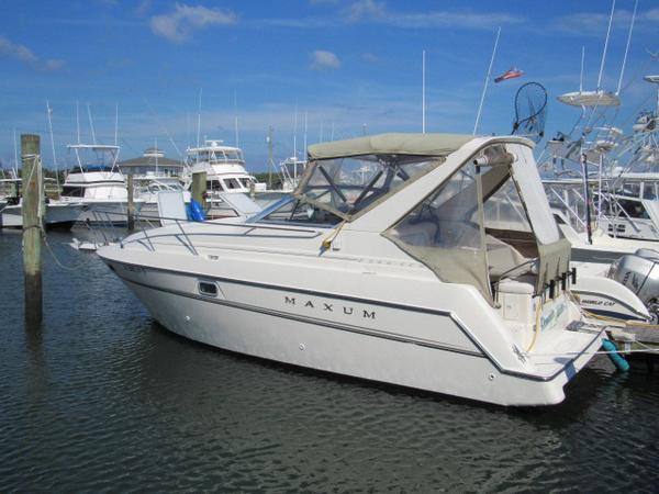 Used Maxum SCR 2800 Cruiser Boat For Sale