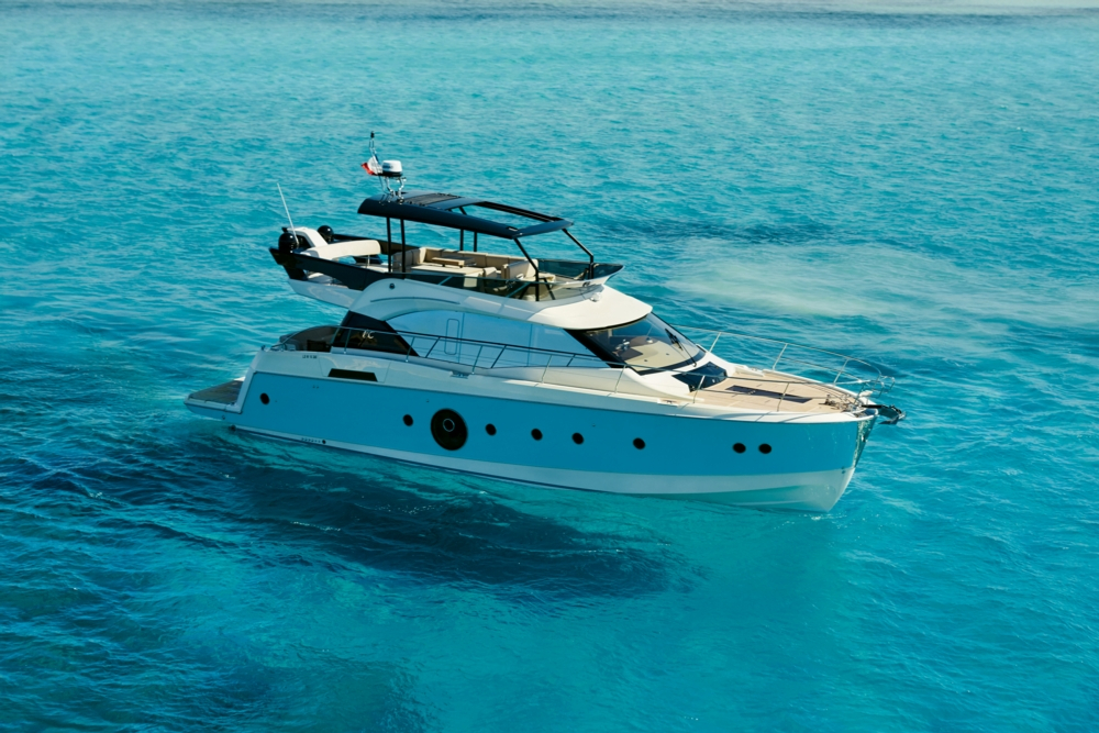 2017 new beneteau monte carlo 6 motor yacht for sale for Motor boat awards 2017