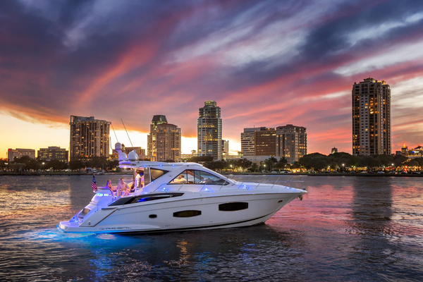 Used Regal Sport Coupe Motor Yacht For Sale