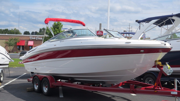 New Rinker QX 23 BR Bowrider Boat For Sale