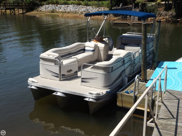 Used Manitou Oasis 373 SHP Pontoon Boat For Sale