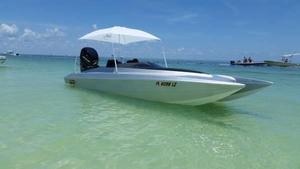 Used Xtreme Racing Catamaran 21 SS Power Catamaran Boat For Sale