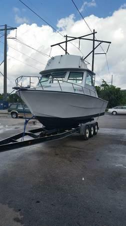 Used Spencer 28 Flybridge Boat For Sale