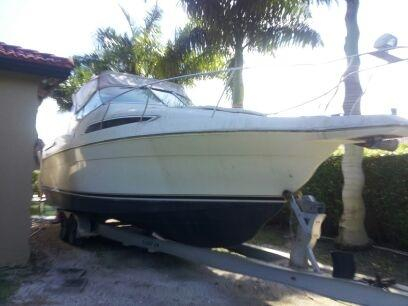 Used Carver 31 Montego Cruiser Boat For Sale