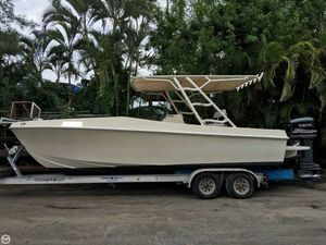 Used Lionmar 23 Center Console Fishing Boat For Sale