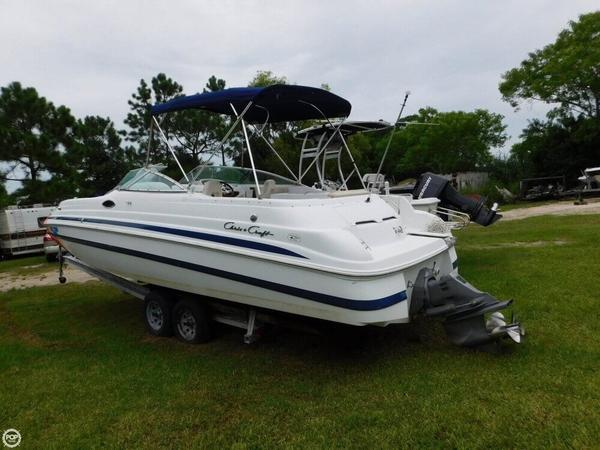 Used Chris-Craft 262 Sport Deck Boat For Sale