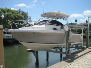 Used Robalo R265 Walkaround Fishing Boat For Sale