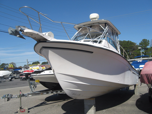 Used Grady-White 27 SAILFISH Walkaround Fishing Boat For Sale