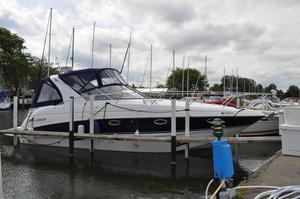 Used Larson 330 CABRIO Cruiser Boat For Sale