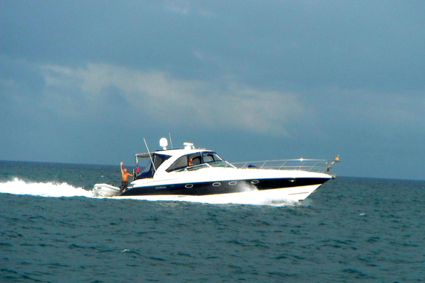 Used Doral Alegria Cruiser Boat For Sale