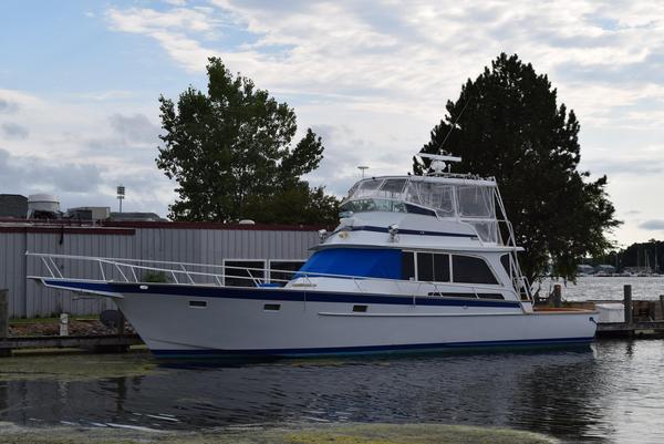 Used Striker 54 Sport Fisherman Sports Fishing Boat For Sale