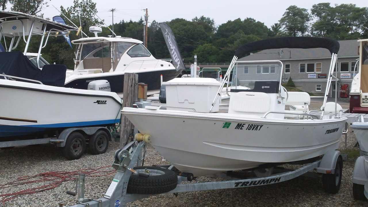 2011 used triumph 170 cc center console fishing boat for for Used fishing boats for sale near me