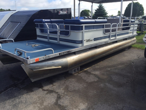 Used Weeres Sundeck 240 Pontoon Boat For Sale