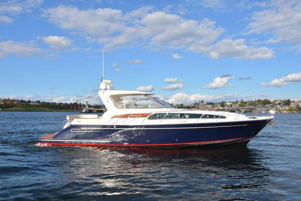 Used Chris-Craft Roamer Heritage Express Cruiser Boat For Sale