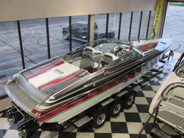 Used Formula 353 FAS3 TECH Cruiser Boat For Sale