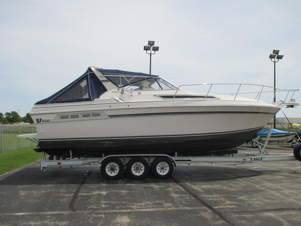 Used Wellcraft 3200 St.Tropez Cruiser Boat For Sale