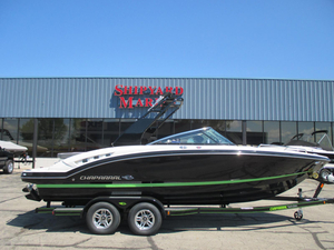 New Chaparral 227 SSX Ski and Wakeboard Boat For Sale