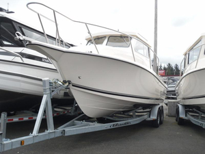 New Defiance 250 Admiral EX Walkaround Fishing Boat For Sale