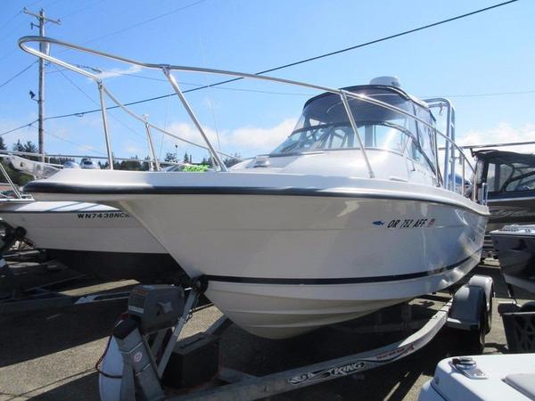 Used Bayliner 2052 Trophy Walkaround Fishing Boat For Sale
