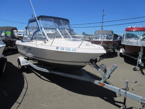Used Campion 542 W/A Cuddy Cabin Boat For Sale