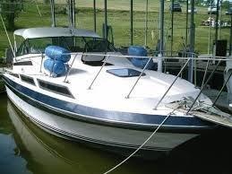 Used Century Cortez Grande 300 Cruiser Boat For Sale