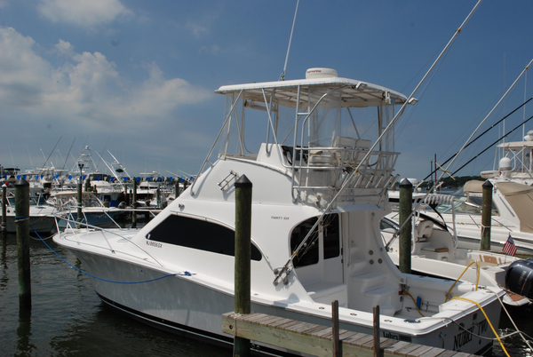 2004 used luhrs 36 convertible saltwater fishing boat for for Fishing boats point pleasant nj