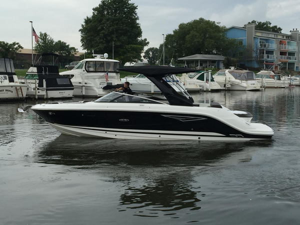 New Sea Ray 280 SLX Ski and Wakeboard Boat For Sale