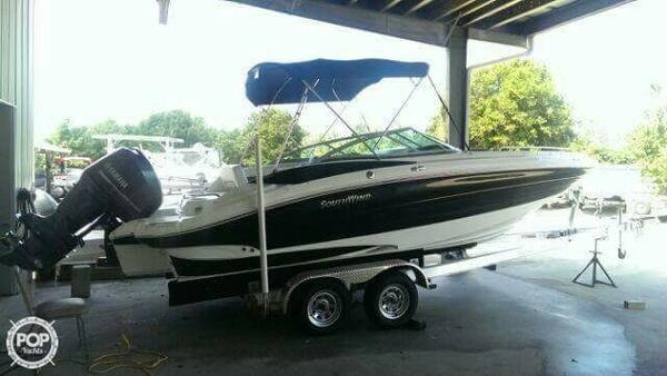 Used Southwind 2400 SD Deck Boat For Sale