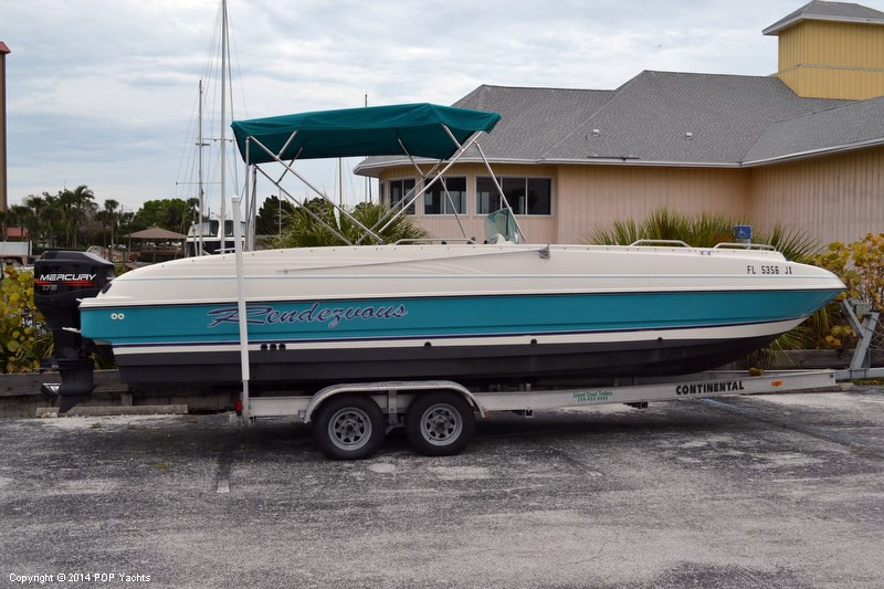 1996 Used Bayliner 2609 Rendezvous Deck Boat For Sale