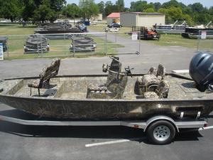 New War Eagle 2170 Blackhawk Center Console Fishing Boat For Sale