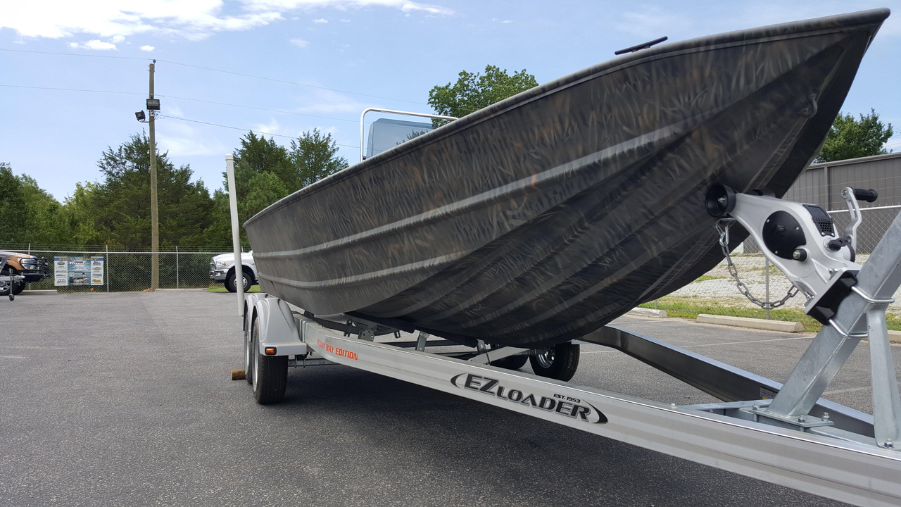 escort boat trailer specifications