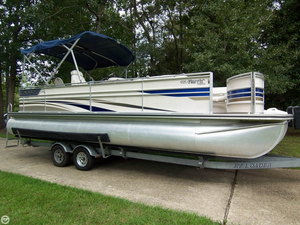 Used Harris Flote Bote Royal Heritage 250 Pontoon Boat For Sale