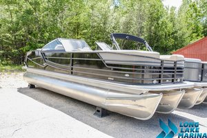 New Crest Continental 250 SLR2 Other Boat For Sale