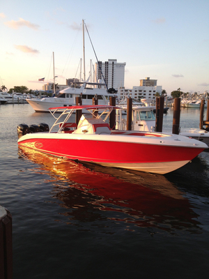 Used Spectre Center Console V-hull Center Console Fishing Boat For Sale