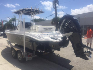 Used Glasstream 242 CC Center Console Fishing Boat For Sale