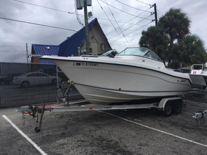 Used Seaswirl Striper 2101 Dual Console OB Saltwater Fishing Boat For Sale