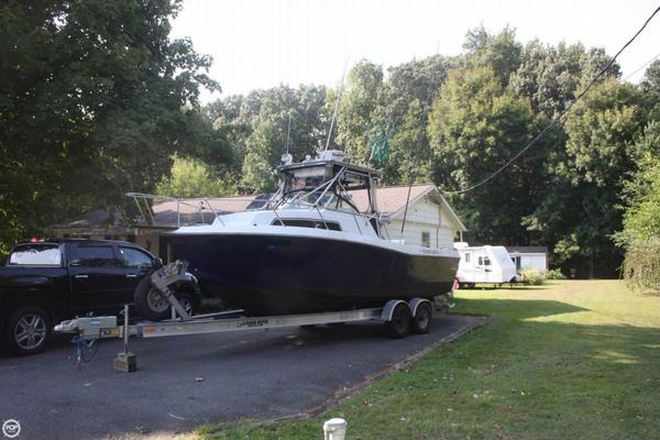 Used Chris-Craft 254 Sea Hawk Walkaround Fishing Boat For Sale
