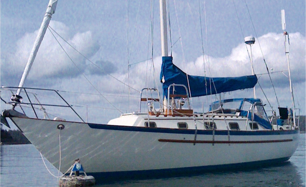 Used Pacific Seacraft Crealock 34 Cruiser Sailboat For Sale