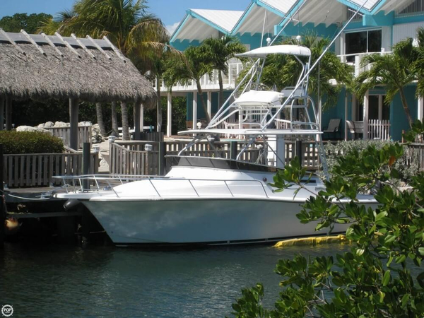 Used Henriques 28 Express Sport Fisherman Sports Fishing Boat For Sale