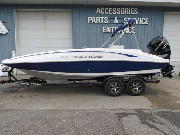 New Tahoe 2150 Bowrider Boat For Sale
