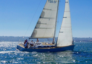 Used Grand Soleil 45 Racer and Cruiser Sailboat For Sale