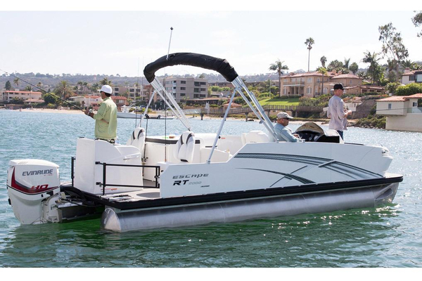 New Larson Escape RT 2000 Fish Pontoon Boat For Sale