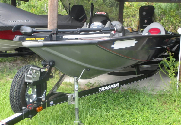 Used Bass Tracker Pro 190 Team TX Bass Boat For Sale