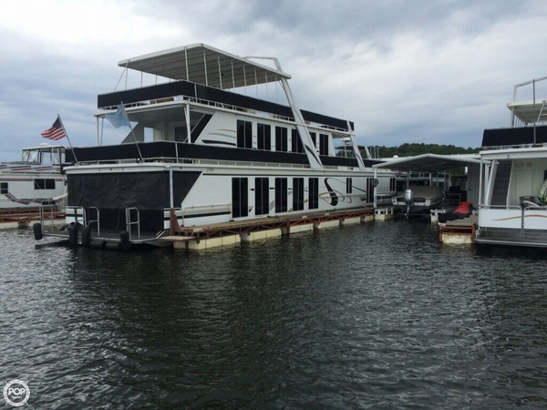 Used Fantasy 20 x 104 House Boat For Sale