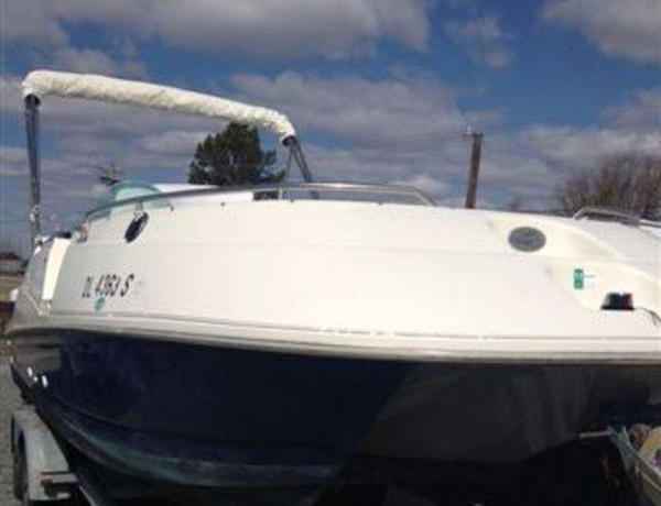 Used Maxum 2300XD Deck Boat For Sale