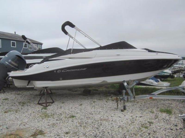 New Crownline E6 XS Bowrider Boat For Sale