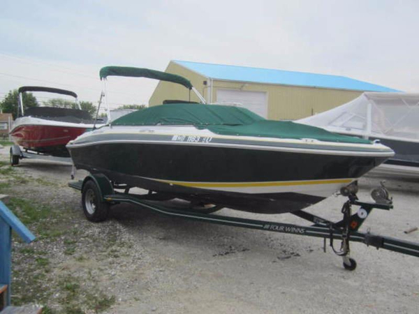 Used Four Winns 190 Horizon Deck Boat For Sale