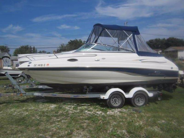 Used Chaparral Cuddy 215 SSi Cuddy Cabin Boat For Sale