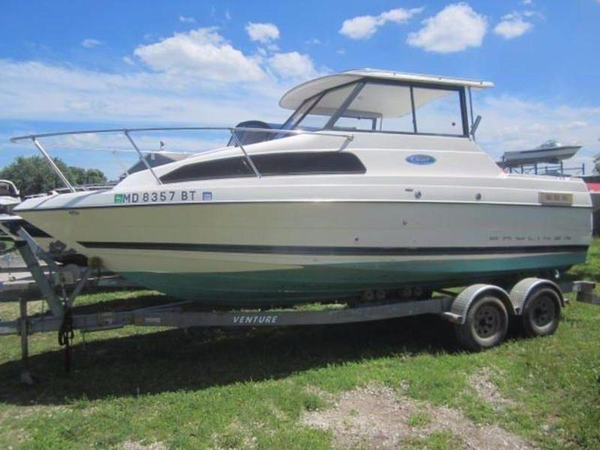 Used Bayliner 222 EC Classic CR Cruiser Boat For Sale